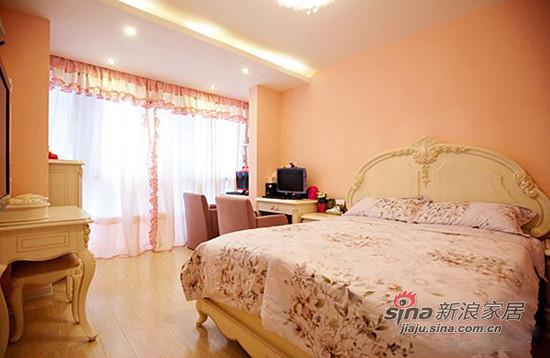 粉色系的墙面和窗帘 搭配欧式田园风格家具
