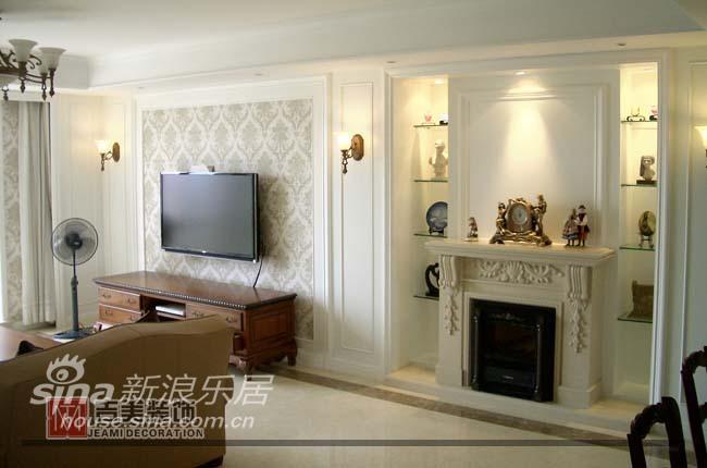 欧式 二居 客厅图片来自用户2746889121在兆丰嘉苑 欧式风格32的分享