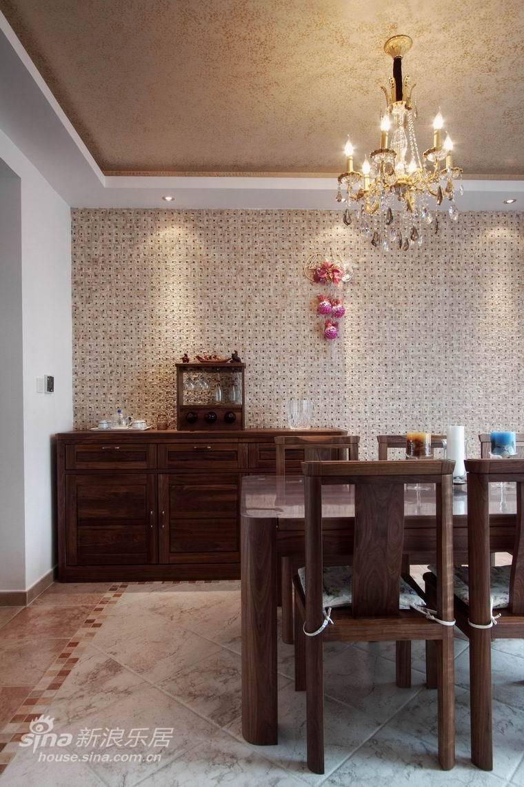 中式 三居 客厅图片来自用户2740483635在奢华-大唐盛世51的分享