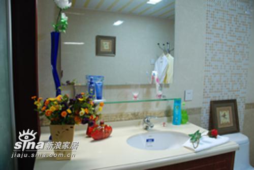 中式 三居 卫生间图片来自用户2757926655在湖景一号中式样板间46的分享