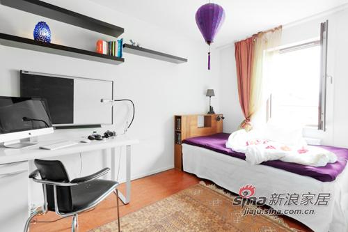 混搭 三居 卧室图片来自用户1907689327在撞色主义4.5万装90平时尚公寓56的分享