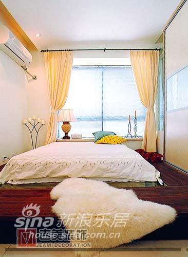 简约 三居 卧室图片来自用户2737735823在阳光名邸 现代简约50的分享
