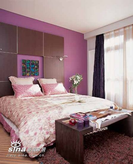 简约 四居 卧室图片来自用户2557010253在神秘紫色营造浪漫居室52的分享