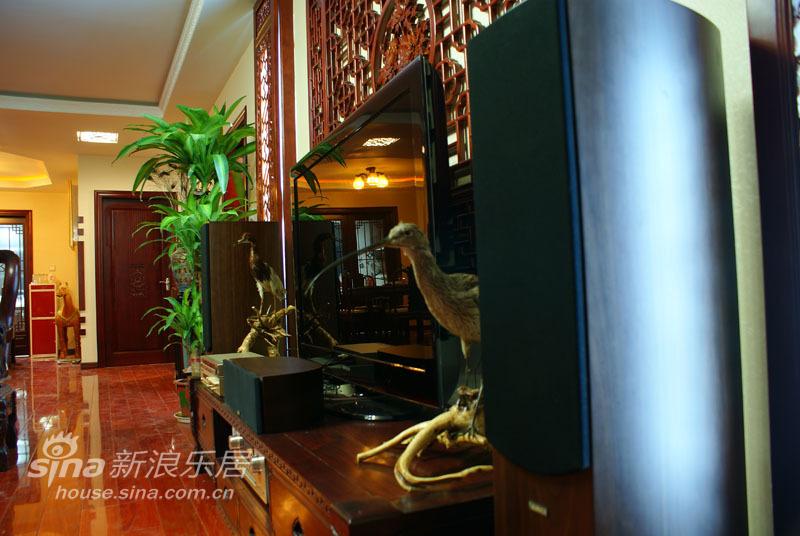 中式 四居 客厅图片来自用户2748509701在160平中式实景照片97的分享