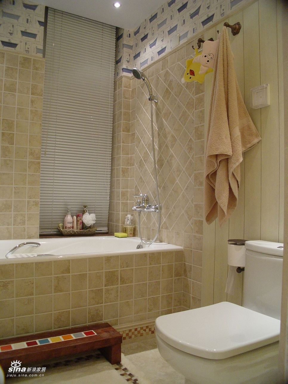 其他 复式 卫生间图片来自用户2558746857在复试叠拼新风格26的分享