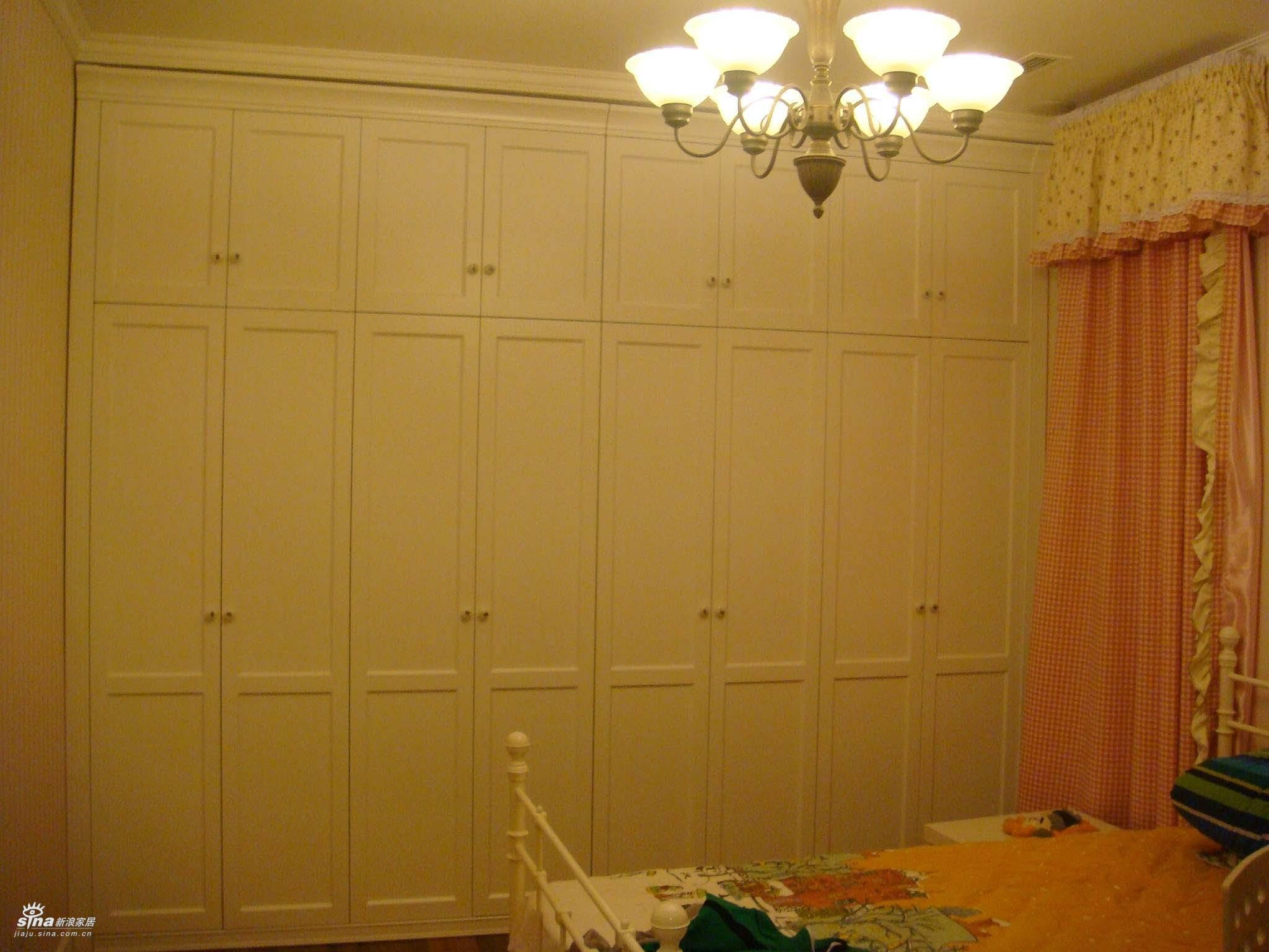 欧式 三居 卧室图片来自用户2745758987在轻舟总设计部30的分享