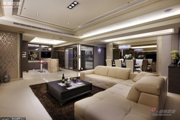 晚上在家有Lounge Bar的氛围