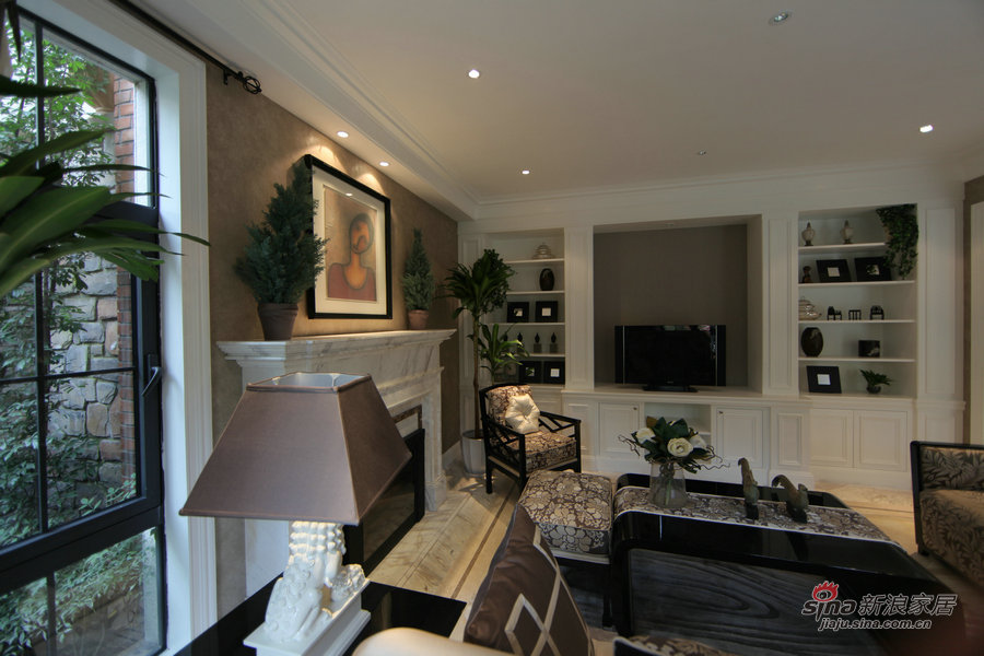 欧式 别墅 客厅图片来自用户2746953981在【高清】欧式奢华大宅实景京基·鹭府20的分享