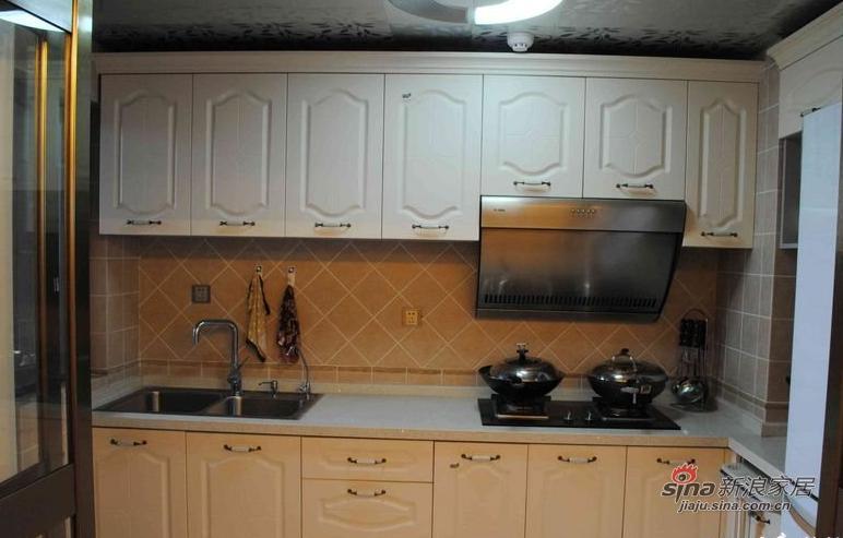 欧式 三居 厨房图片来自用户2757317061在9万120平简约欧式三口之家61的分享