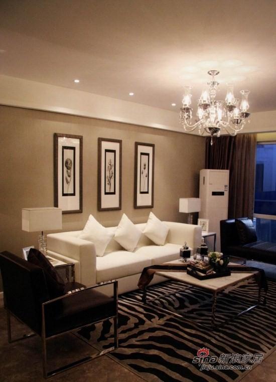 现代 三居 客厅图片来自xiaowu_15在98平怀旧现代3居花10万58的分享