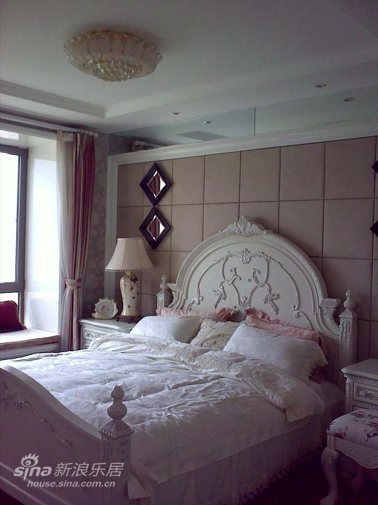 欧式 三居 卧室图片来自用户2746953981在实景:浅粉的童话空间设计71的分享