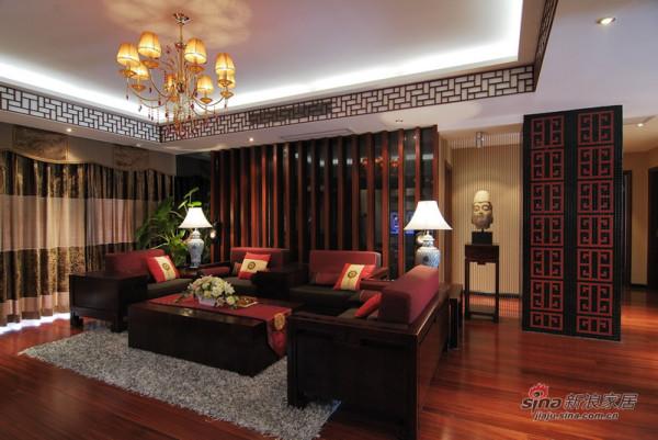 客厅沙发及背景墙