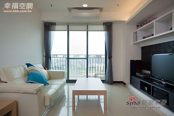 简约 三居 客厅图片来自幸福空间在99平三房两厅时尚简约风格44的分享
