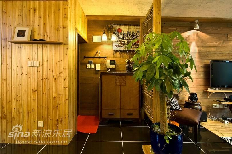 中式 三居 客厅图片来自用户2748509701在美兰湖 颐景园48的分享