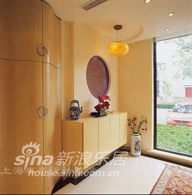 简约 别墅 玄关图片来自用户2737735823在简洁素雅妆扮温馨别墅44的分享