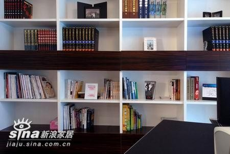 其他 二居 书房图片来自用户2737948467在117平方的经典流行风70的分享