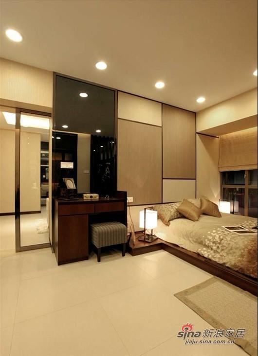 简约 二居 卧室图片来自用户2559456651在5.3万装62平日式收纳爱居45的分享
