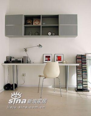 简约 二居 书房图片来自用户2739153147在时尚温馨小屋二11的分享