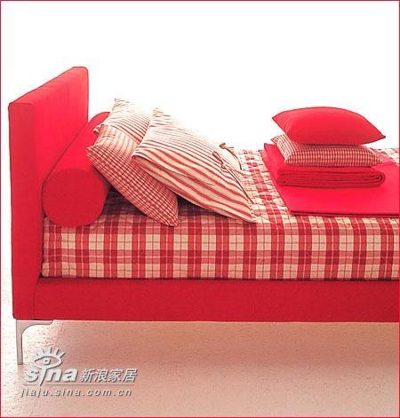 欧式 其他 卧室图片来自用户2745758987在跳起热情的伦巴 色彩之间找回个性魅力57的分享