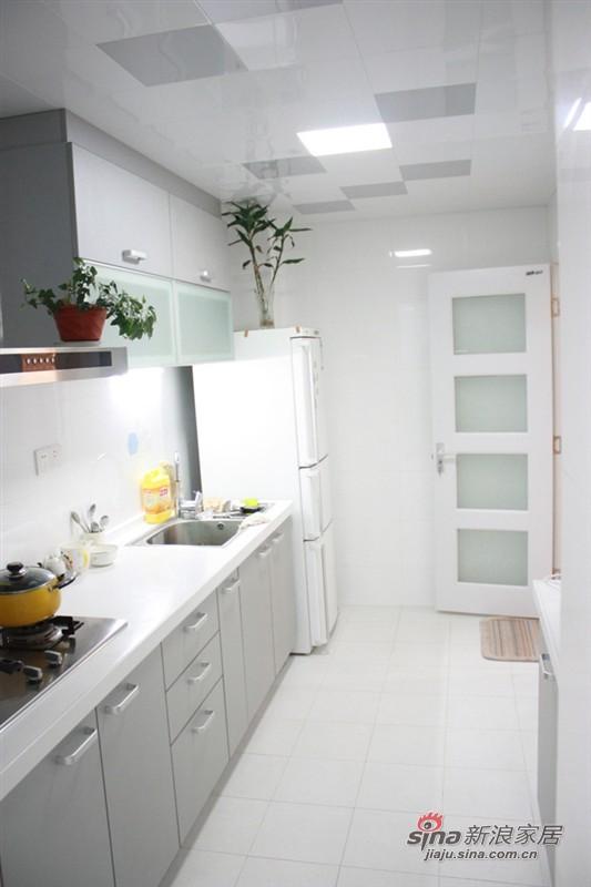 简约 二居 厨房图片来自用户2737950087在辣妈6万全包80平爱的小屋78的分享