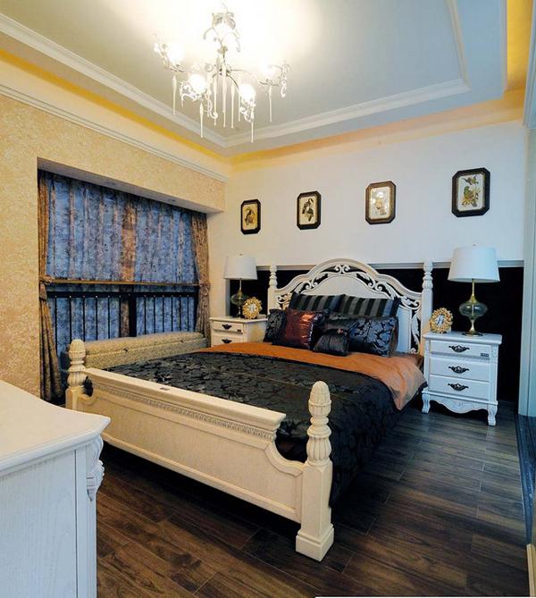 欧式 三居 卧室图片来自用户2557013183在企业高管30万精装200平米简欧美家51的分享