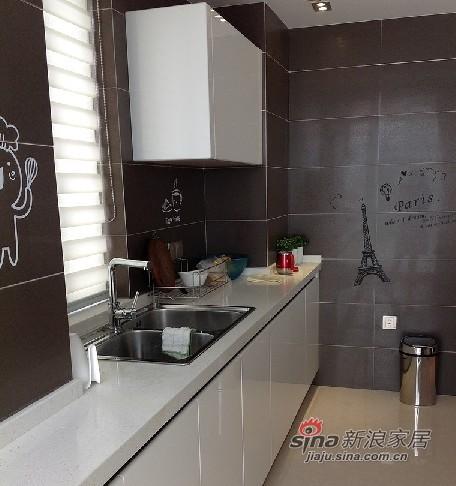 混搭 三居 厨房图片来自用户1907655435在混搭138平温馨3房2厅2卫72的分享