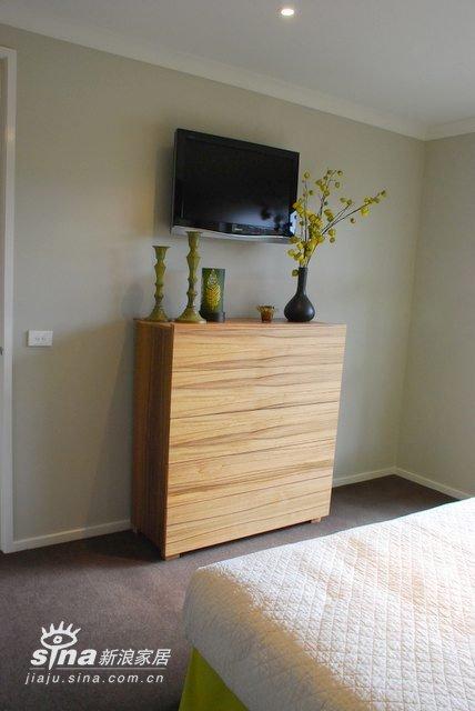 简约 别墅 卧室图片来自用户2738820801在装饰以绿色为主,很清新25的分享