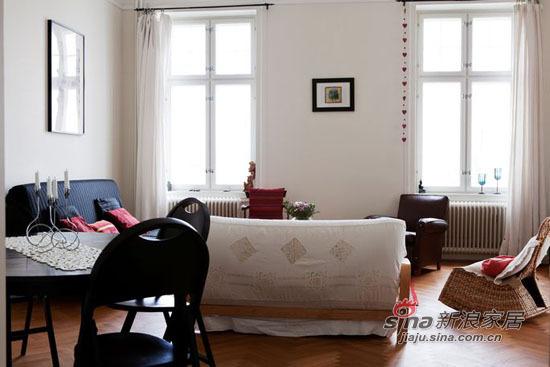 简约 二居 客厅图片来自用户2737950087在原木自然家装 75平精致二居48的分享