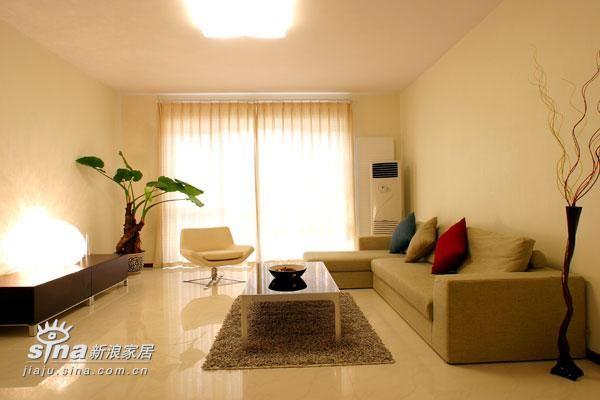 简约 四居 客厅图片来自用户2737786973在舒适享受46的分享