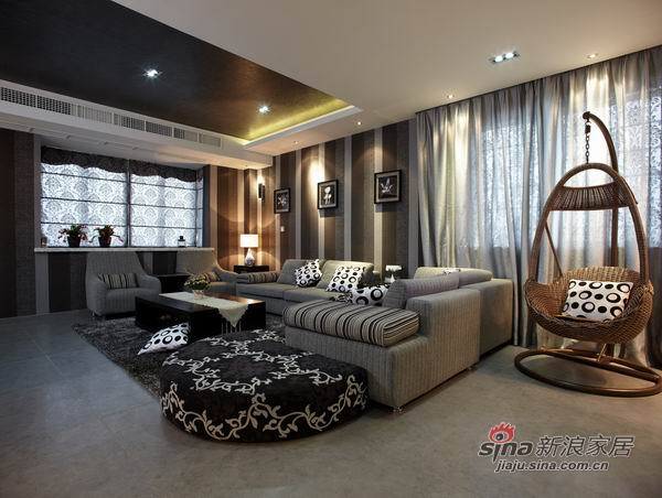 现代 四居 客厅图片来自用户2772840321在少妇魅装170平勾魂4居爱巢31的分享