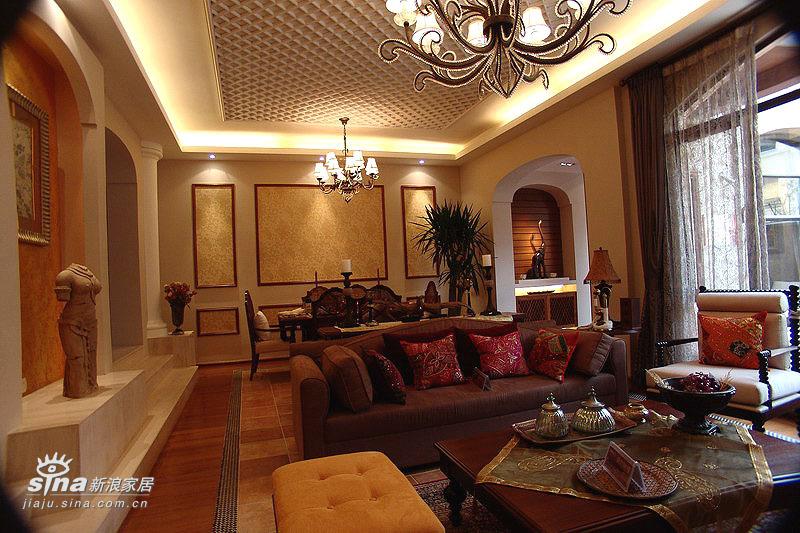 欧式 跃层 客厅图片来自用户2746869241在20万元装修240平米公寓-欧式王妃享受66的分享