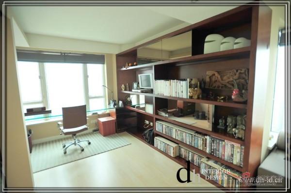 书房钢化玻璃台面