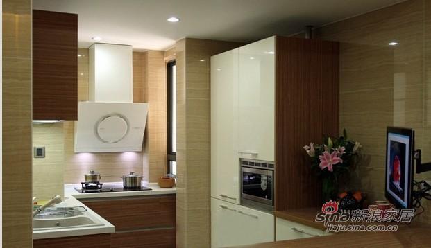 简约 一居 厨房图片来自用户2745807237在4万完美造就59平简约温馨小家89的分享