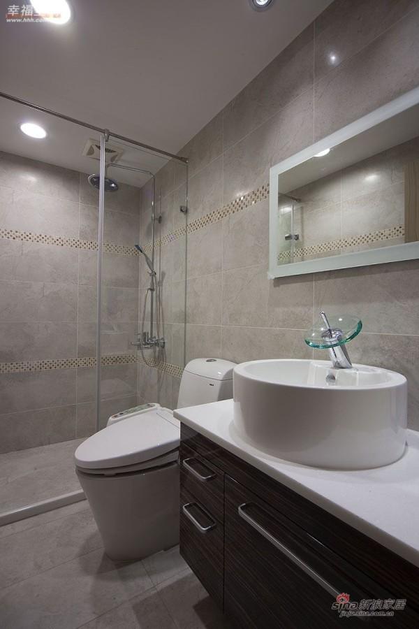 简约 公寓 卫生间图片来自幸福空间在将大收纳空间藏于维多利亚风中57的分享