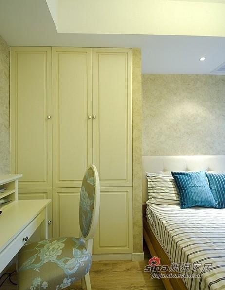 田园 三居 卧室图片来自用户2737946093在90平装3室2厅地中海温馨家20的分享