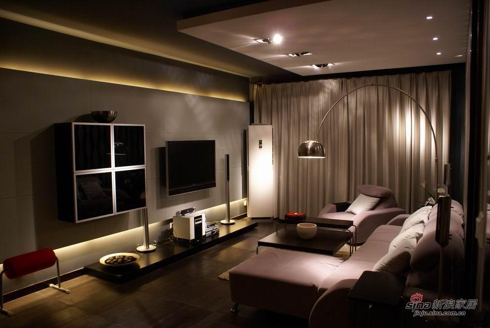 简约 三居 客厅图片来自用户2737786973在15万装夫妻120㎡简约婚房71的分享