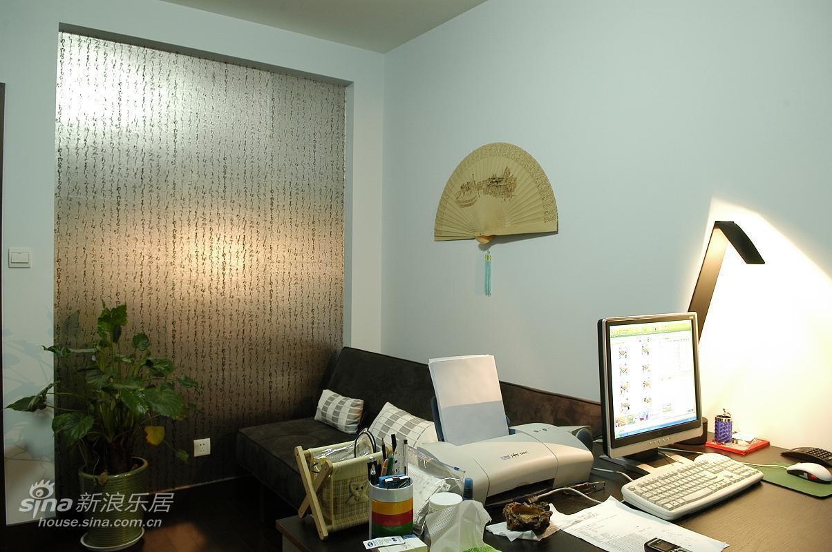 简约 三居 客厅图片来自用户2557979841在简约不简单的居住之家79的分享