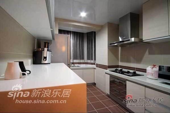 简约 二居 厨房图片来自用户2737735823在98平米靓丽优雅气质的简约乐活家95的分享