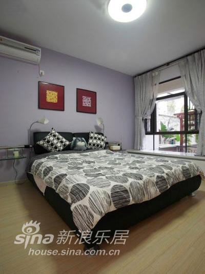 简约 二居 客厅图片来自用户2737782783在惊艳!6万元让老房子梦幻变身94的分享