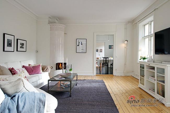 北欧 三居 客厅图片来自用户1903515612在90平春色撩人北欧美家44的分享