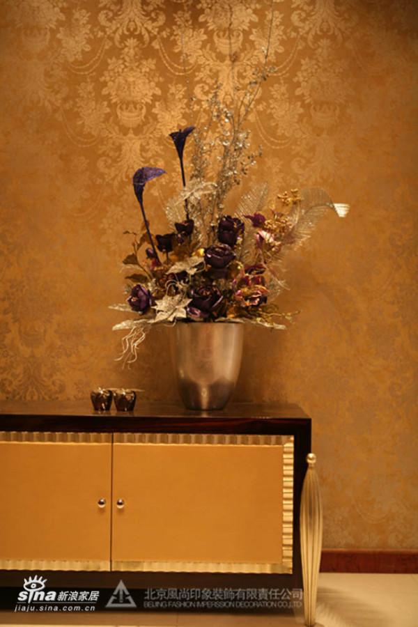电视柜装饰花