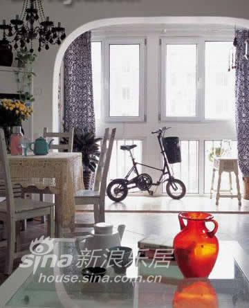 简约 二居 客厅图片来自用户2738820801在设计师约会多情两居46的分享