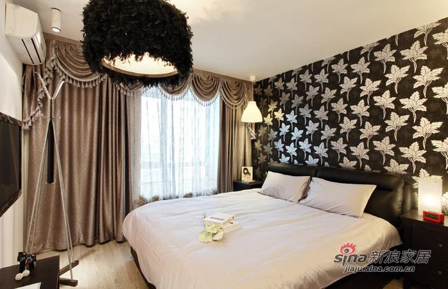 现代 二居 卧室图片来自佰辰生活装饰在16万营造69平黑白时尚两居室62的分享