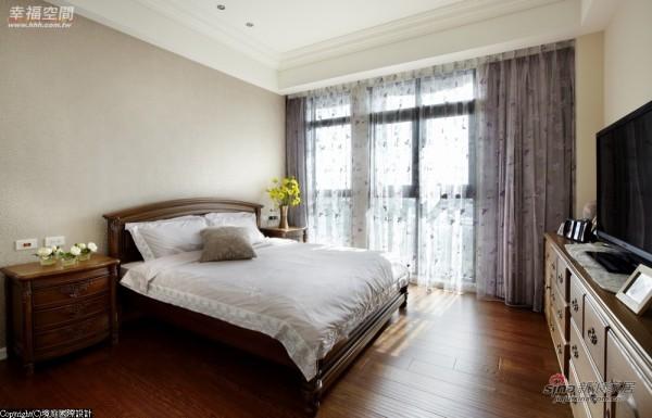 长辈房具独立更衣室及卫浴设备