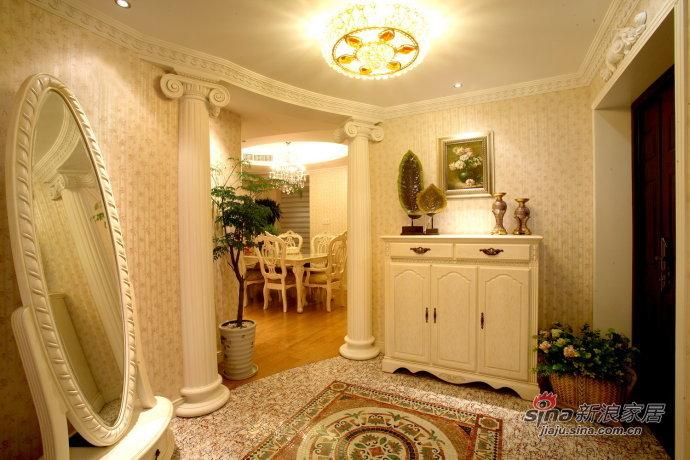 欧式 三居 餐厅图片来自用户2746869241在13万打造80后夫妻145平精致奢华3居14的分享
