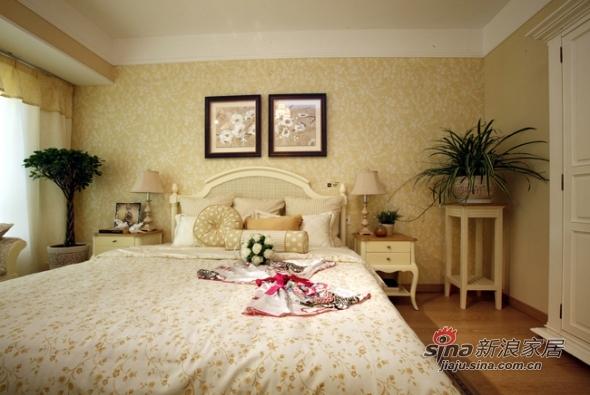 欧式 三居 卧室图片来自用户2557013183在实景8万美装140平欧式大气3居83的分享