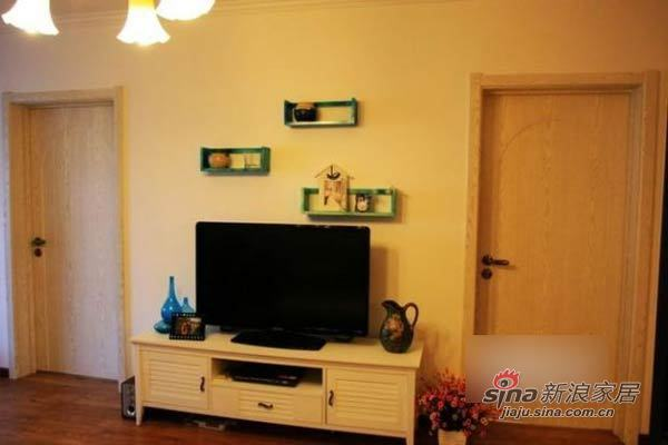 田园 二居 客厅图片来自用户2737946093在巧手MM改装90平温馨田园小窝93的分享
