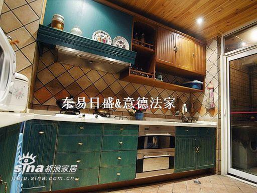 欧式 别墅 厨房图片来自用户2746948411在碧水云天55的分享
