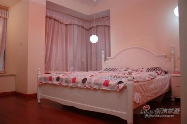 简约 二居 卧室图片来自用户2737950087在辣妈6万全包80平爱的小屋78的分享