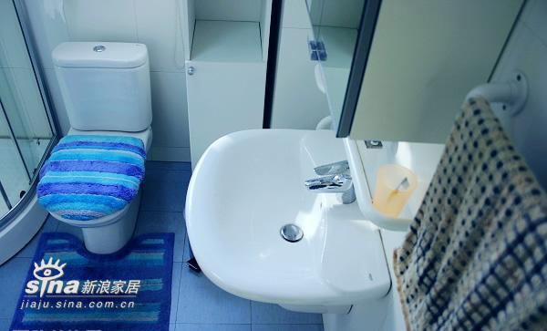 简约 一居 卫生间图片来自用户2738813661在小户型的装饰66的分享